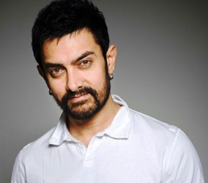 B`day boy Aamir wishes to buy mom her ancestral home