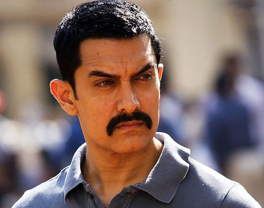 Aamir urges fans not to reveal 'Talaash' suspense