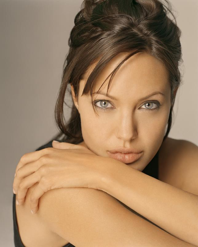 Photo Gallery: Sexy Symbol Angelina Jolie