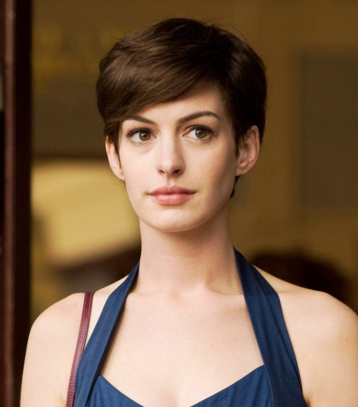Hathaway happy with short hair