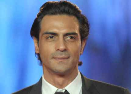 Arjun Rampal injures knee during 'Kahaani 2' shoot