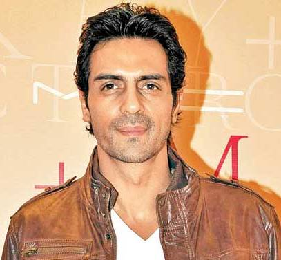 Sporty stance of B'wood stud Arjun Rampal