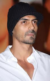 Arjun Rampal no more part of 'Zanjeer' remake