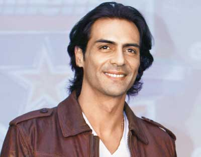 Arjun Rampal mulls opening Lap for non-members
