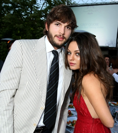 Ashton Kutcher whisks off Mila Kunis to hometown for Xmas