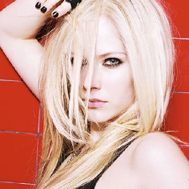 avril lavigne eye color