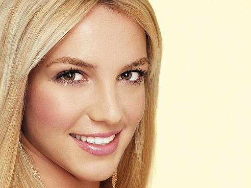 Britney is not pregnant, says manager