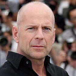 Bruce Willis to be dad again