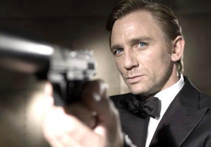 Actors that look like footballers Daniel-Craig-007