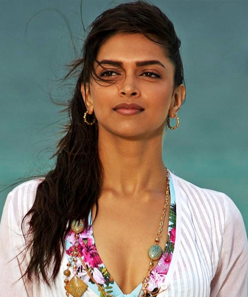 Deepika in demand to perform at award functions