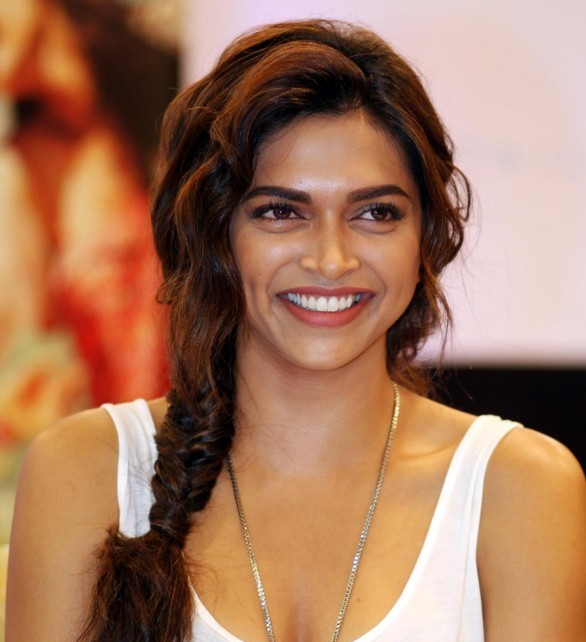 Cocktail is not a romantic comedy, says Deepika Padukone
