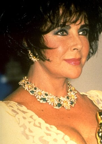 http://www.topnews.in/light/files/Elizabeth-Taylor_0.jpg