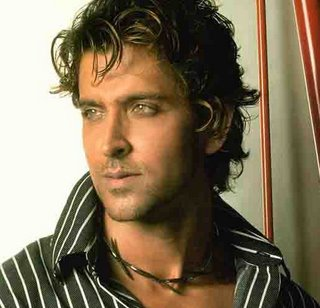 Hrithik to unveil his statue
