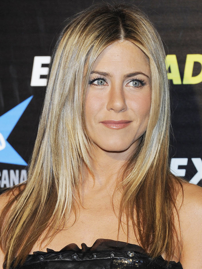 Jennifer Aniston using lingerie-clad stunt double for new flick