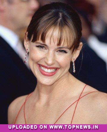 Jennifer Garner''s son Samuel is a `total mama''s boy`