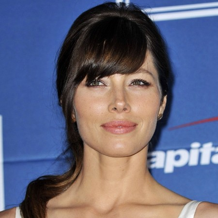 Jessica Biel says being beautiful is ''really a problem''