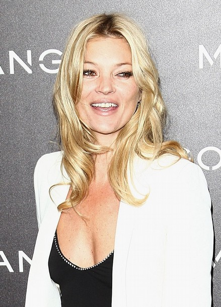 Kate Moss London June 3 Supermodel Kate Moss has changed her wedding date