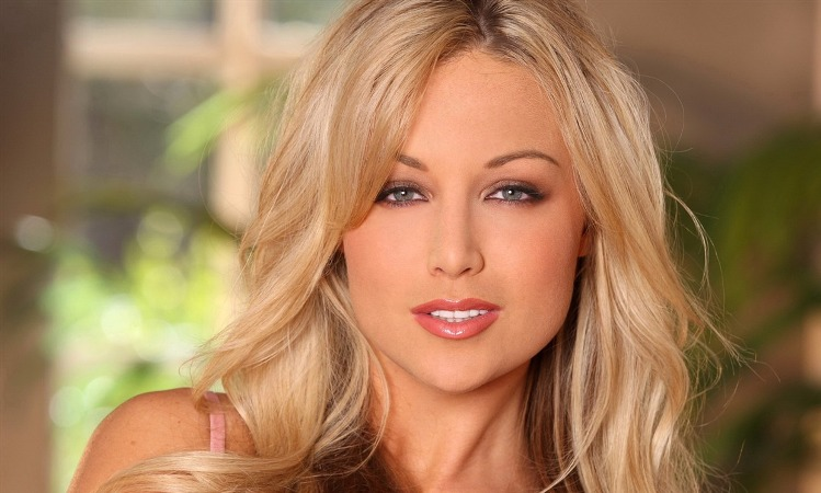 Porn star Kayden Kross switches time between adult films and literature