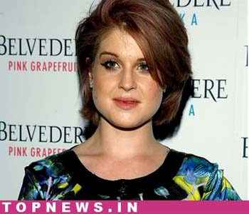 Miley not bad influence: Kelly Osbourne