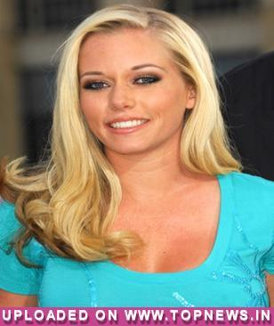 Kendra Wilkinson on why Hugh Hefner didn't marry Holly Madison