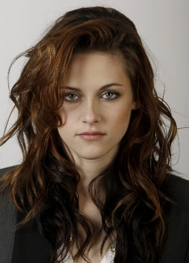 http://www.topnews.in/light/files/Kristen-Stewart.jpg