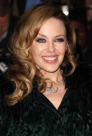 Kylie Minogue 'considering egg donor to conceive'