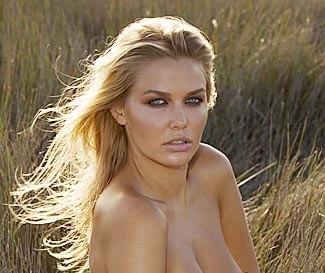 jessica simpson topless