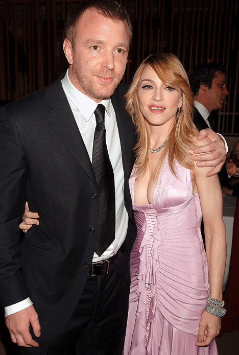 http://www.topnews.in/light/files/Madonna-Guy-Ritchie1.jpg