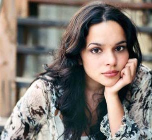 I can't imagine doing world tour cross-legged: Norah Jones
