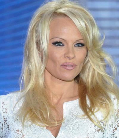 Refuses Pamela Anderson s