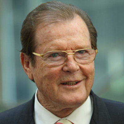 Roger Moore calls Skyfall `best Bond film ever`