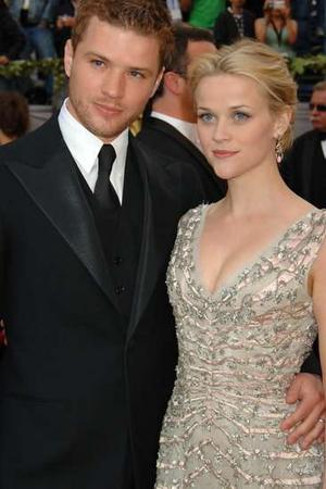 ryan phillippe and reese witherspoon wedding pictures. divorce from Witherspoon