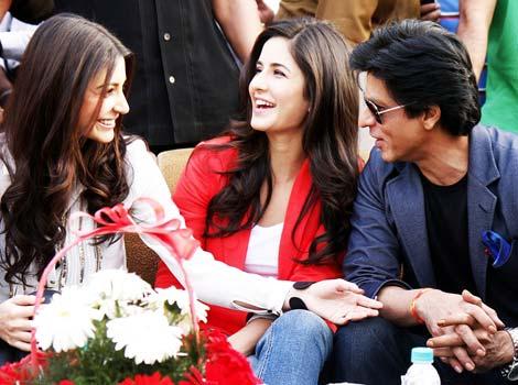 SRK roped in Katrina, Anushka for KIFF opener