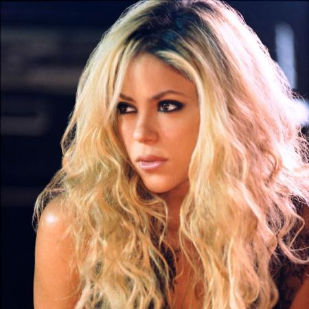 http://www.topnews.in/light/files/Shakira.jpg