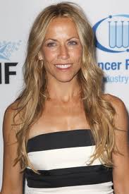 Fan threatens to shoot Sheryl Crow