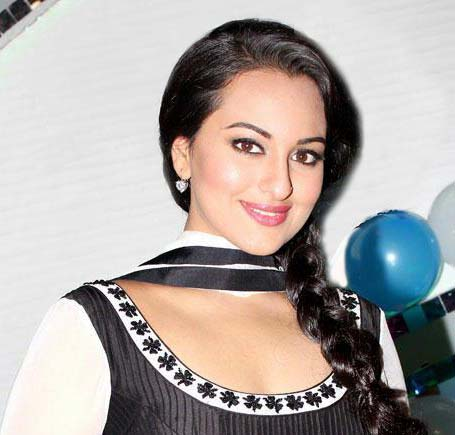 Sonakshi loves to be a shutterbug