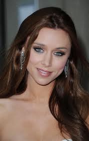 Una Healy `chose singing over swimming`
