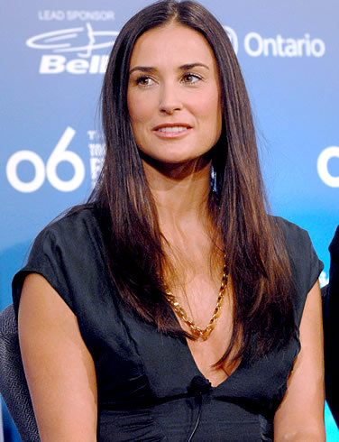 http://www.topnews.in/light/files/demi-moore12.jpg