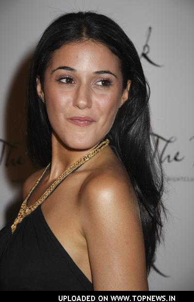 emmanuelle chriqui tattoo