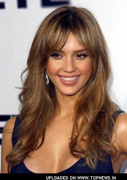 Celebrity Jessica Alba long haircuts