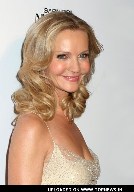 Download this Joan Allen Annual More Magazine Topnews picture