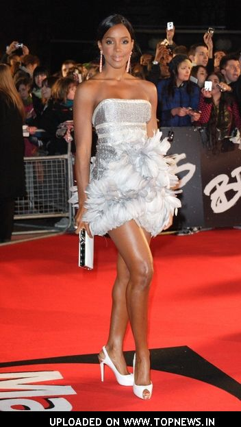 kelly rowland red carpet | News of Famous People with ... Emma Watson Author