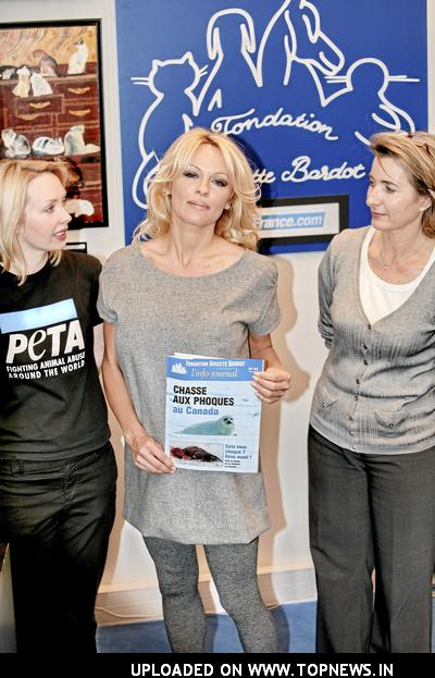 Event Pamela Anderson New Ambassador of PETA Visits the Brigitte Bardot