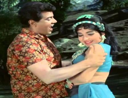 Dharmendra shares his memories with Jayalalitha