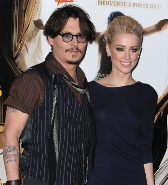 Depp buys love nest for girlfriend