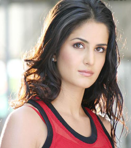 http://www.topnews.in/light/files/katrina-kaif.jpg