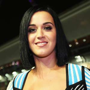 Katy Perrys friends and family `worried` about John Mayer romance