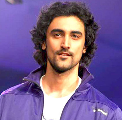 Kunal Kapoor partners with WATConsult for 'That'sMyGirl' campaign