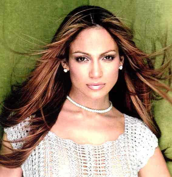 Jennifer Lopez Pregnancy Bump
