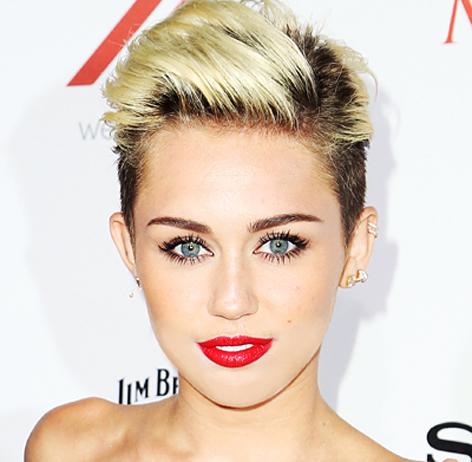 Christmas makes me sad, says Miley Cyrus